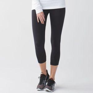 Lululemon Inspire II cropped pants